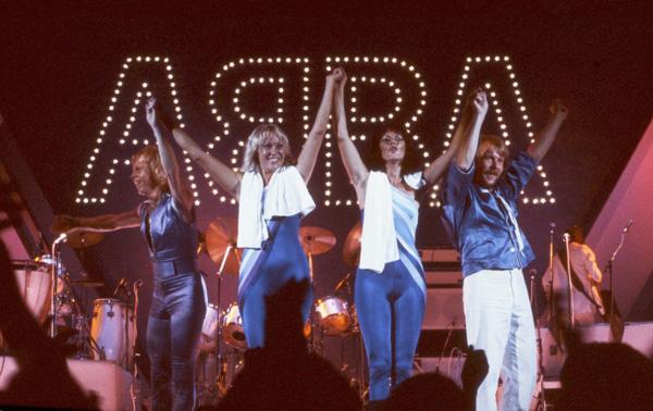 ABBA_Live_02