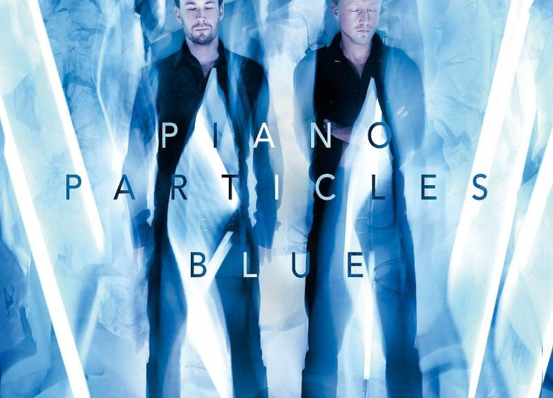 PIANO PARTICLES – Blue