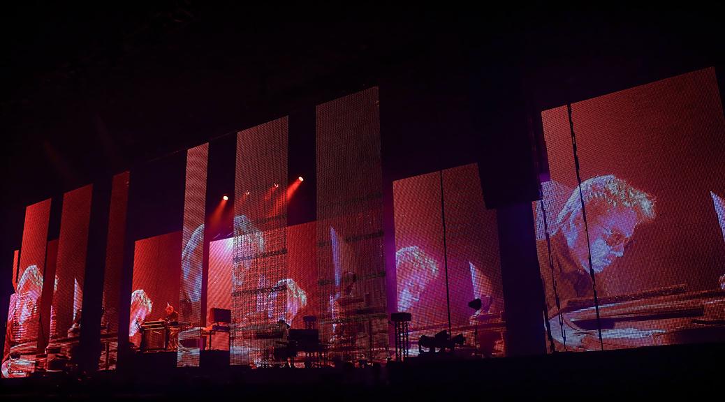 jm-jarre-electronica-tour-11