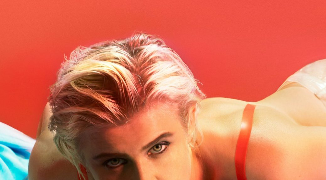 "Robyn - ""Honey"" (Embassy Of Music/Warner)"